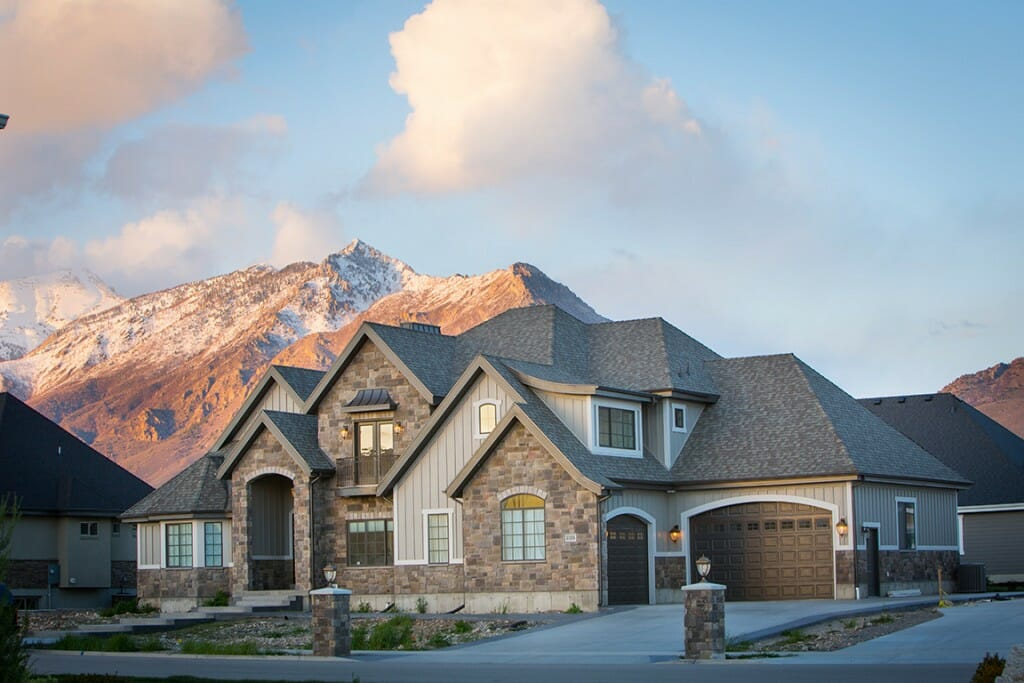... Utah Utah Custom Home Exterior With Mountain Background ...
